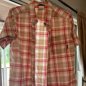 Men's Columbia button up shirt